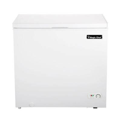 magic chef 6 9 cu ft chest freezer in white hmcf7w2