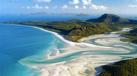 most famous beach in the world top 10 most breathtaking beaches in the world her beauty