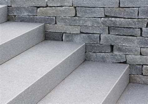 außenfliesen preise escalier exterieur pfastatt marche bloc granit bloc