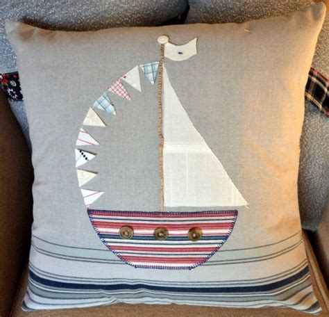 boat bed cushions best 25 nautical cushions ideas only on pinterest