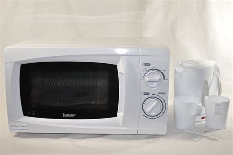 Microwave 500 Watt 500 watt low power microwave and kettle ideal for caravans