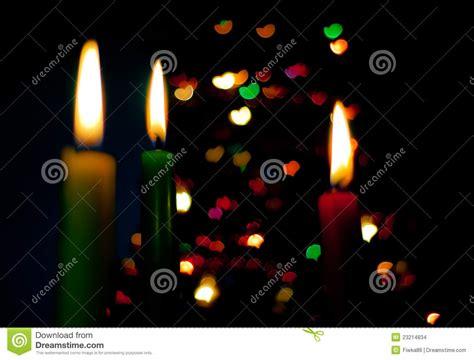 imágenes de velas verdes velas rojas verdes y amarillas imagenes de archivo