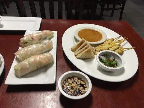 Bangkok Kitchen Odenton by Bangkok Kitchen Thai Restaurnt Restaurant 1696 Annapolis Rd In Odenton Md Tips And