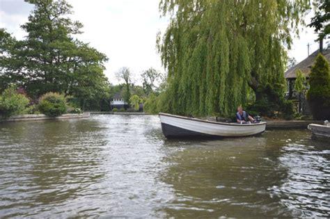 fishing boat hire uk fishing boats for hire richardson s boating holidays