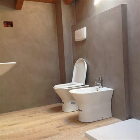 parquet per bagno e cucina ristrutturazione bagno resine e parquet materie