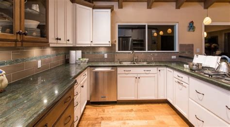 Shopping For Kitchen Cabinets by Kitchen Cabinets Alerts 5 Things You Need To
