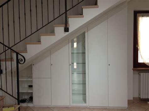 porte per sottoscala mobili per sottoscala mobili ripostiglio sottoscala