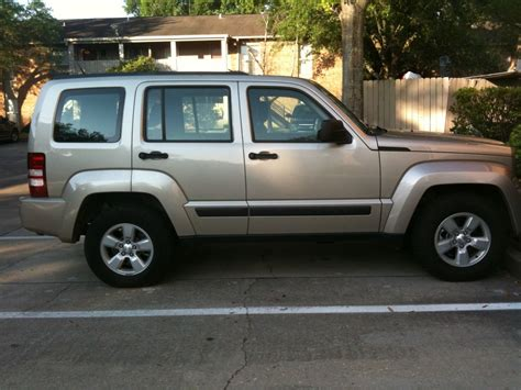 2011 liberty jeep 2011 jeep liberty pictures cargurus