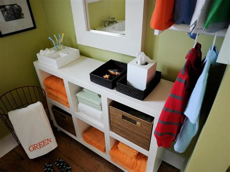 Small bathroom storage solutions diy