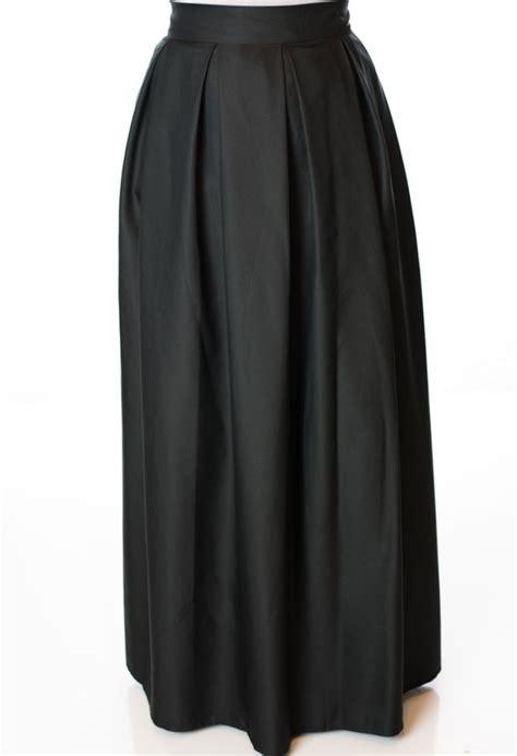 Maxi Black A black a line maxi skirt
