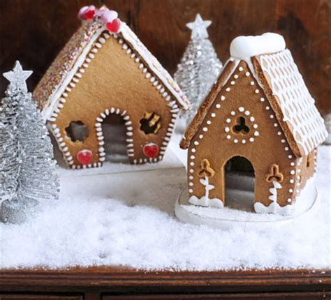 mini gingerbread house mini gingerbread houses bbc good food