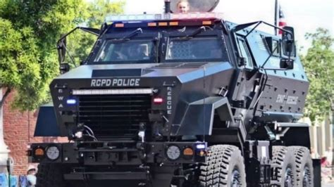 police armored vehicles san jose police department to give back armored police