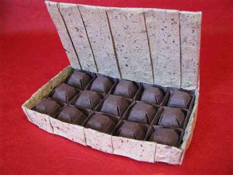 Origami Chocolate Box - delicious looking origami food that you can almost taste