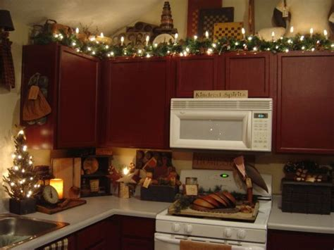 christmas decorating ideas for above kitchen cabinets best 25 dining rooms ideas on rustic dining table decor