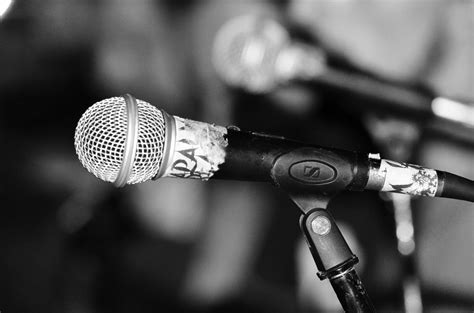 singing background 7 crucial tips for background vocalists