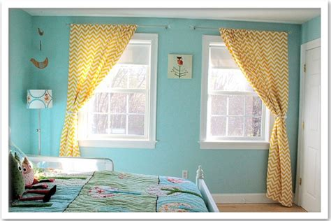 chevron bedroom curtains 25 best images about yellow and aqua living room on