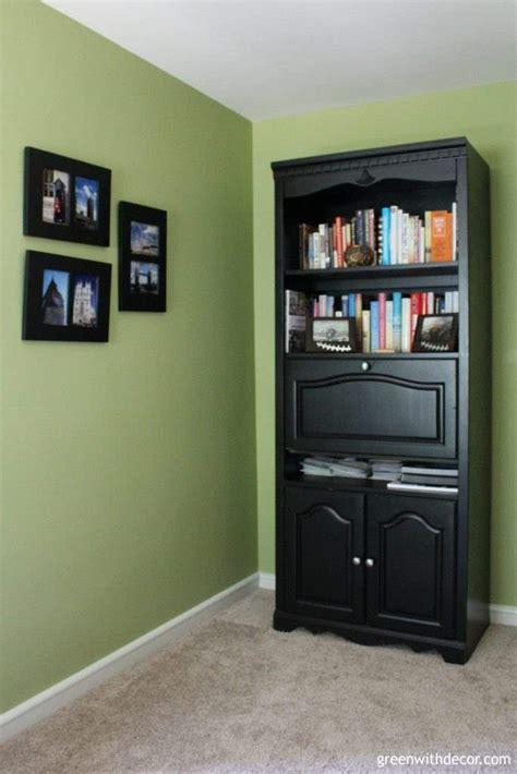 spray paint bookshelf green with decor how to paint a bookshelf spray or