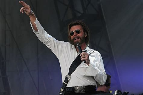 tattooed heart lyrics ronnie dunn ronnie dunn s tattooed heart to feature brooks mcentire