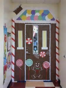 gingerbread door decoration towne caitlyn