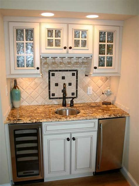 kitchen wet bar ideas 20 best wet bar images on pinterest kitchens wine