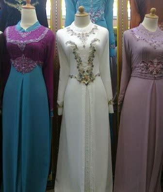 Baju Muslim Wanita Buat Lebaran model baju lebaran wanita terbaru 2012 inilah dunia cinta