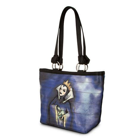 Purse Freebie Herman Snow White Tote by Snow White And Evil Carriage Ring Tote By Harveys