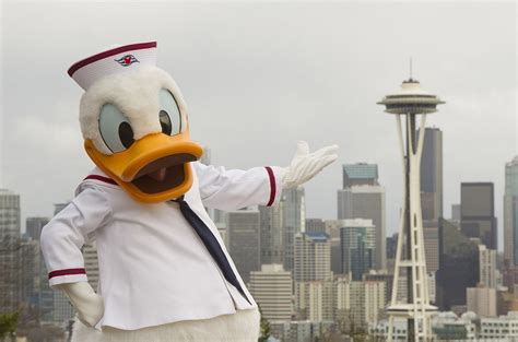 themes line donald duck new 2012 disney cruise line itineraries and ports unveiled