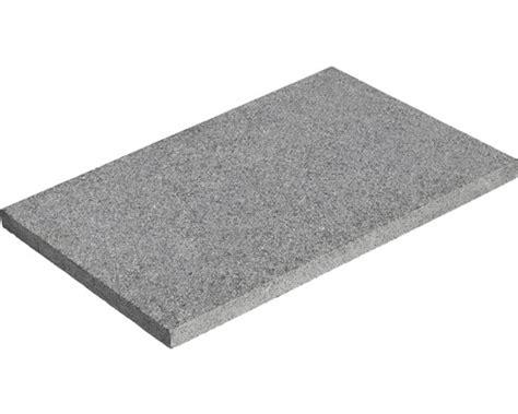 Terrassenplatten Aus Granit by Flairstone Granit Terrassenplatte Trendline Stahlgrau