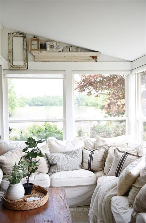 Cozy Cottage Home Decor Farmhouse Sunroom Cozy Light And Airy Cottage Style Farmhouse A Great Pin For Cottage Style