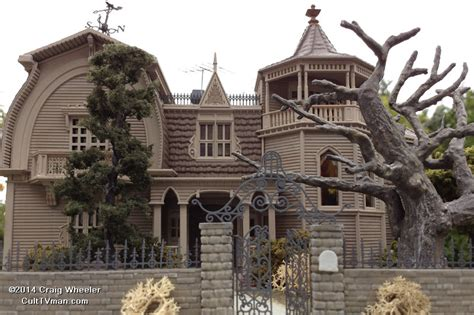 munsters house in color munsters house in color 28 images the world s catalog of ideas howard nessen s