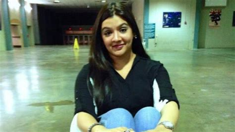 actress died in surgery bollywood actress aarthi agarwal dies after liposuction