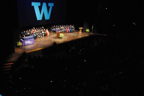 Of Washington Evening Mba Tuition by Foster Evening Mba Commencement 2016 Foster