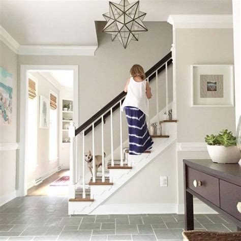 Foyer Paint Color Ideas Photos by Best 25 Tile Entryway Ideas On Entryway