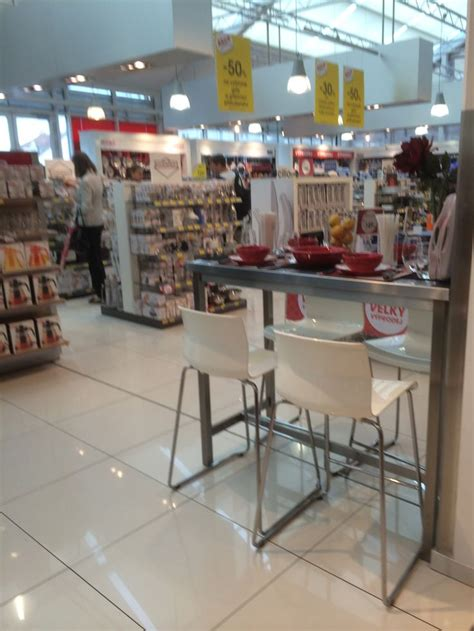 Kitchens Cookshop by Pin By Clear Retail On Tesco Department Store Prague