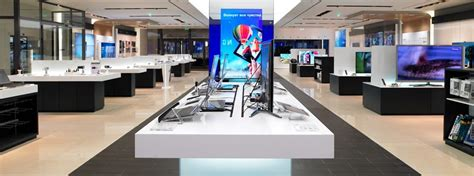 e samsung store samsung opens ten exclusive retail stores in bengaluru india tizen experts