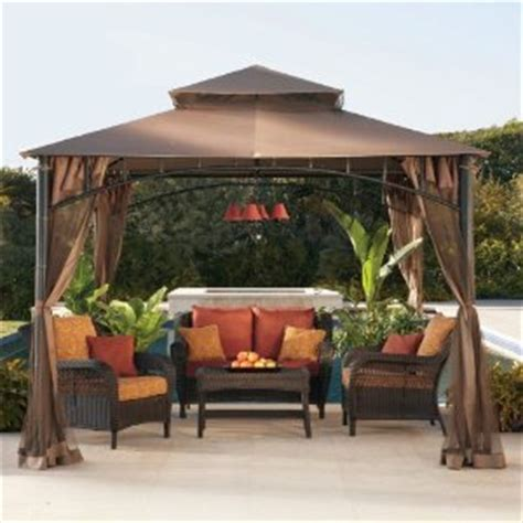 i love this deck furniture layout so cozy outside home ideas gazebo espa 231 o de lazer e descanso no jardim giacomelli
