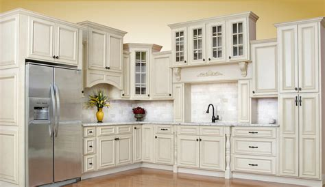 Discount White Kitchen Cabinets Antique White Kitchen Cabinets Tucks Discount Sales