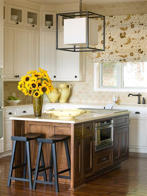 cottage kitchen islands cottage kitchen photos hgtv