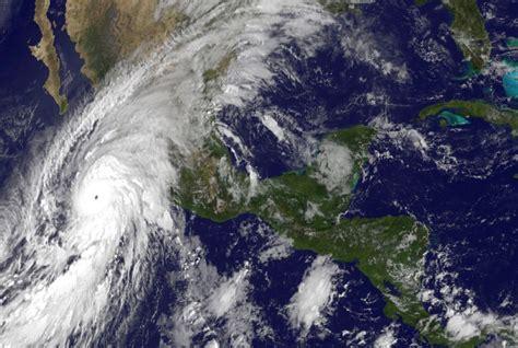 imagenes o videos del huracan patricia how mammoth hurricane patricia grew so powerful so fast