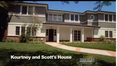 kourtney kardashian home kourtney kardashian s la home every time i see this house
