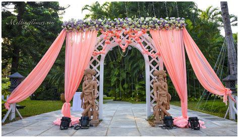 Outdoor Flower Decorations by Plan And Design Wedding Decorations For An Exclusive