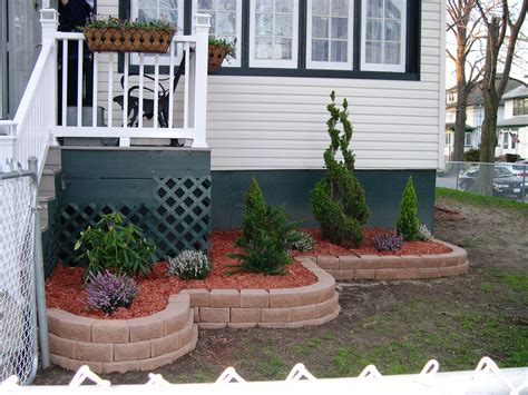 Garden Bed Ideas For Front Of House Flower Beds In Front Of House Front Yard Landscaping With Hostas Amazing Flowers On The Wall