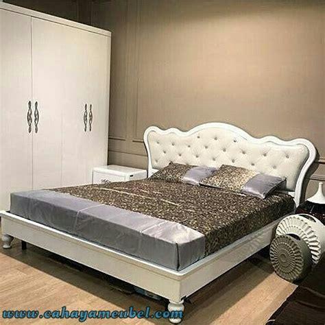 Tempat Tidur Minimalis Duco set tempat tidur minimalis modern duco putih cahaya