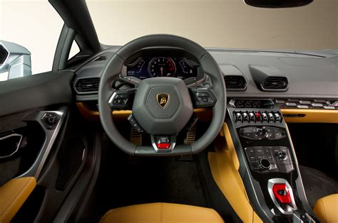 Car Picker   lamborghini Huracan interior images