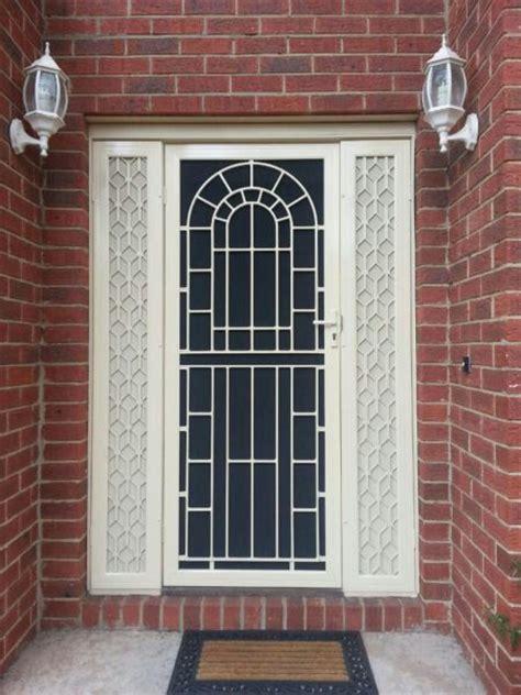 Colonial Front Door Designs 25 Best Ideas About Colonial Front Door On