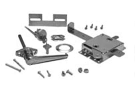 Garage Door Key Lock Mechanism by Garage Door Lock 7 1 2 Quot Mechanism Set 2 7 29 1 And 7 31 1