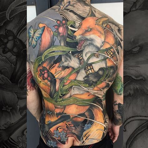 fighting fox tattoo on back best tattoo ideas gallery