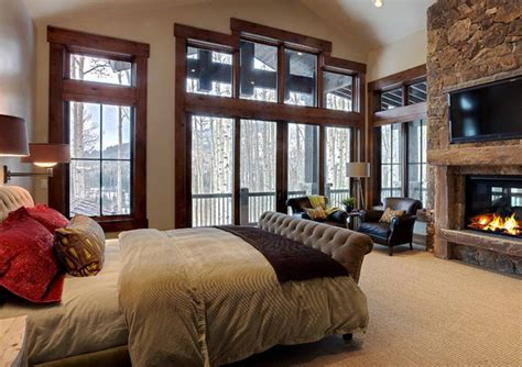 Master Bedroom Fireplace Decorating Ideas by Contemporary Master Bedroom With Wall Decor And