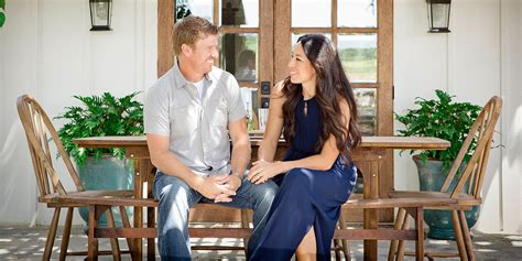 fixer upper cast scripps will launch spinoffs of hgtv s fixer upper and