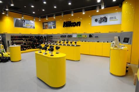 nikon shop m 226 ine se deschide nikon yellow store la iulius mall